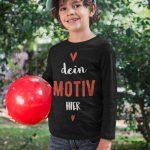 Junge mit Kinder T-Shirt zum bedrucken TeeFarm Schweiz