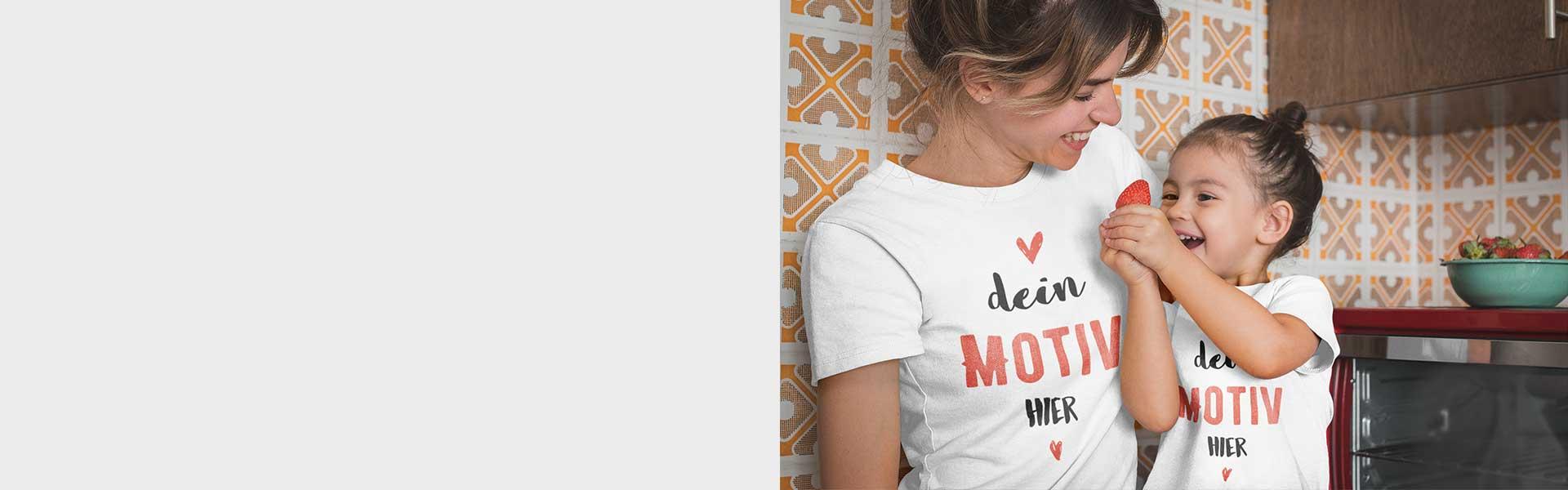 Junge Frau mit Kinder uns selbst gestaltetem T-Shirt