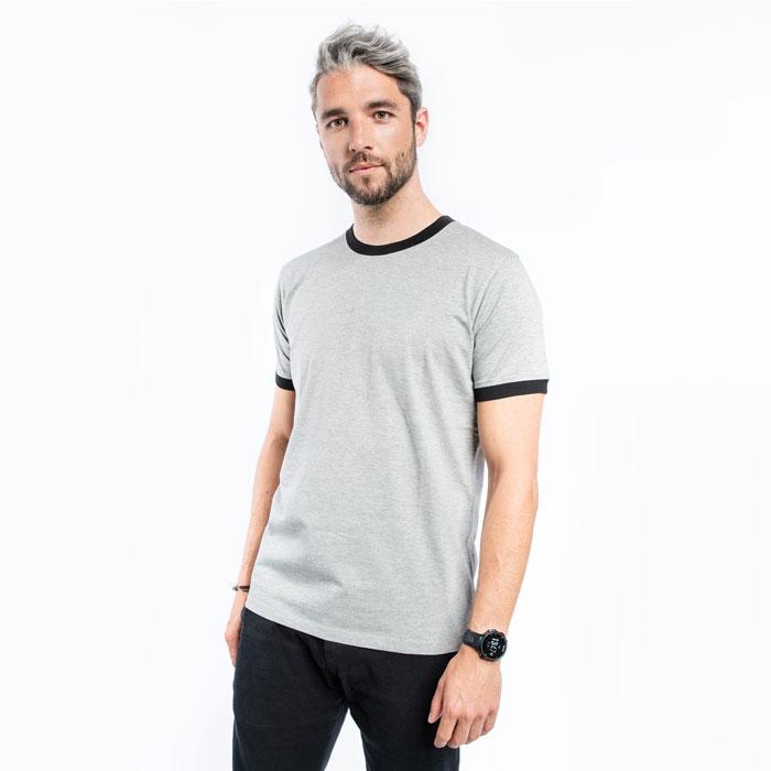 Kontrast T-Shirt selbst gestalten auf TeeFarm